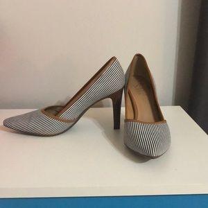 Franco Sarto pointed heels
